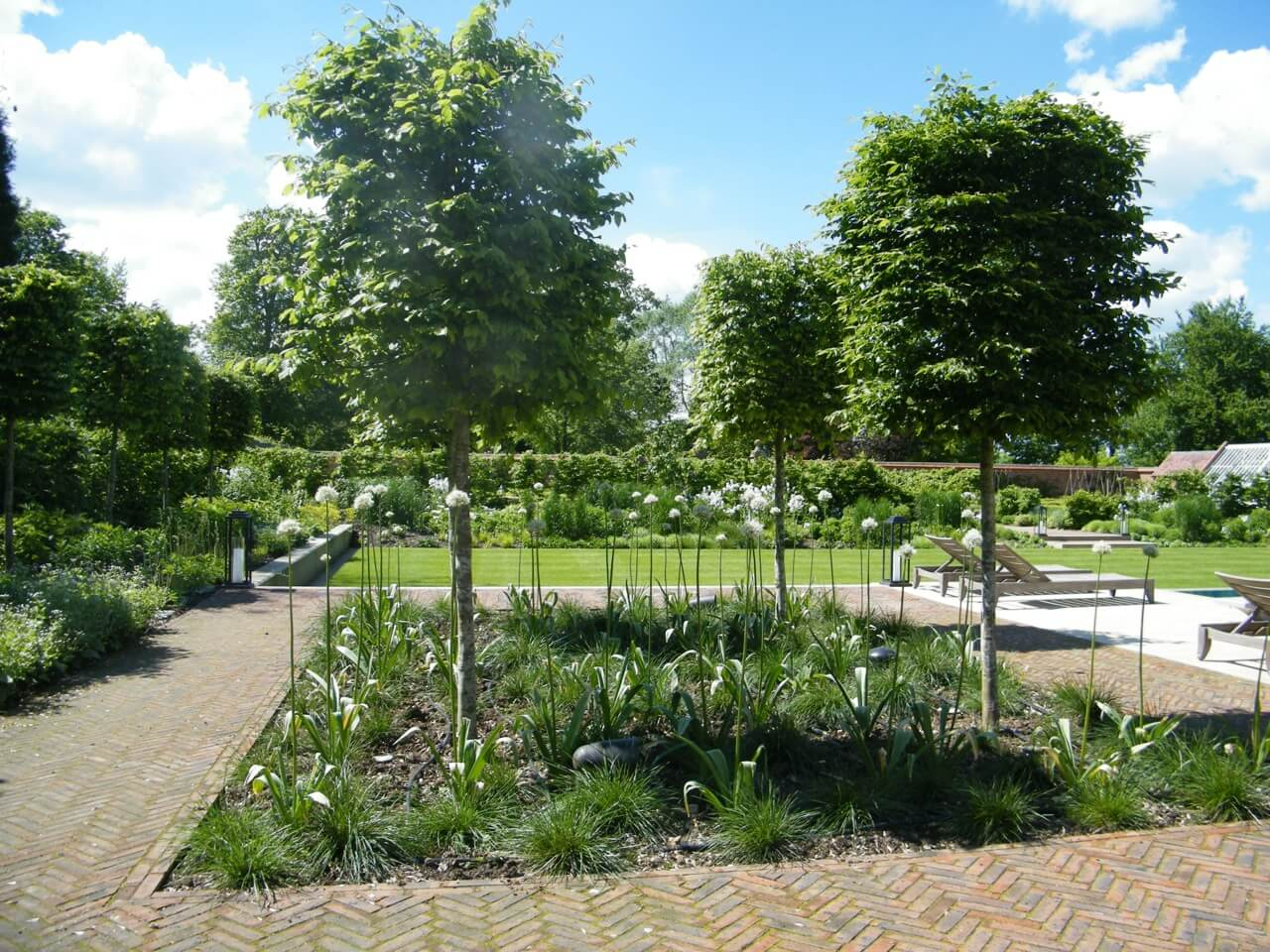 Oxford Garden Design. Oxford Walled Garden J And S Scapes 22  Design Build across Bucks Herts Beds