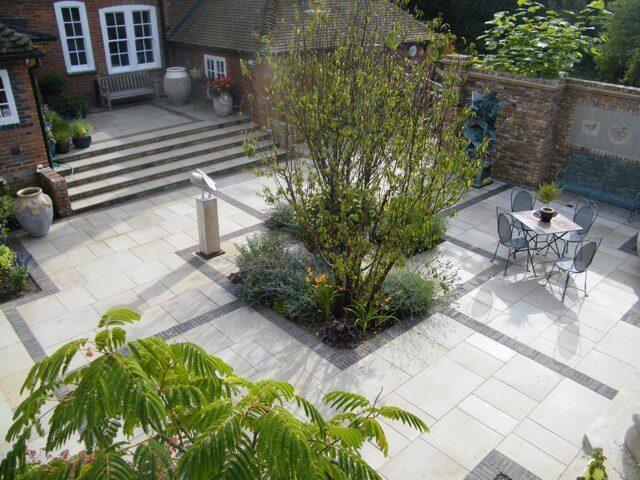 2012 BALI awards for domestic garden construction £60 – £100k