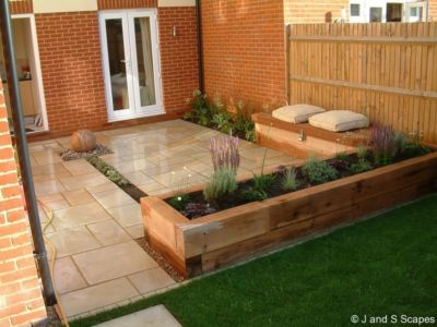 4-raised-beds-and-seating-j-and-s-scapes