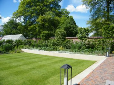 Oxford-Walled-Garden-J-And-S-Scapes-09
