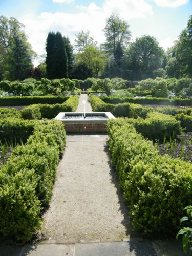 Oxford-Walled-Garden-J-And-S-Scapes-15