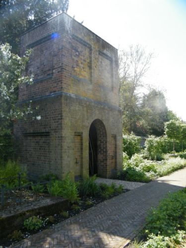 Oxford-Walled-Garden-J-And-S-Scapes-21