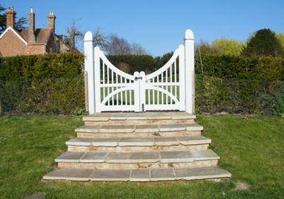 J & S Scapes - Entrance to top lawn description…